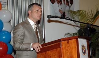 The First Prime Minister of Curacao Prime Minister of Curacao; Gerrit Schotte - Harjit Saggu