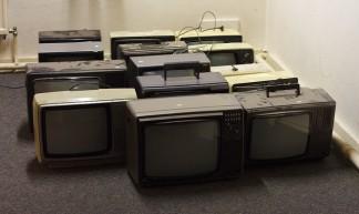 Retro Gaming TV sets - Dennis van Zuijlekom