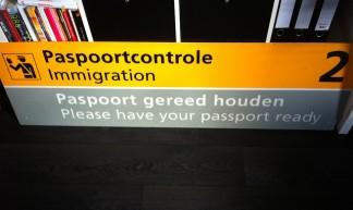 Mijn favoriete object - Bord te zien voor reizigers op Schiphol (Paspoortcontrole), Douane - tienkamp.arjen