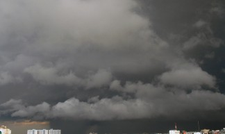 Rain clouds - Wan Petchroon