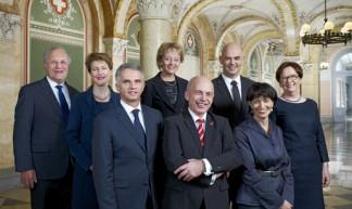 De Zwitserse Bundesrat en kanselier (foto: Bundesrat CH)
