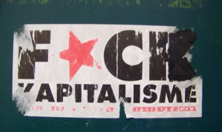 Fuck Kapitalisme - Julio Costa