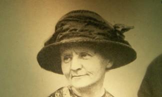 Pierre Curie: Marie Curie - rosefirerising
