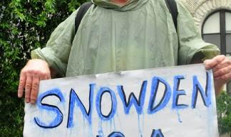 snowden_nyc26_june_DSC_0033 - Michael Fleshman