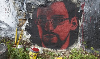 Edward Snowden, painted portrait IMG_8815 - thierry ehrmann