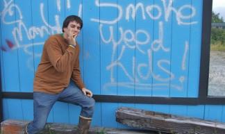 Smoke Weed Kids! - Travis