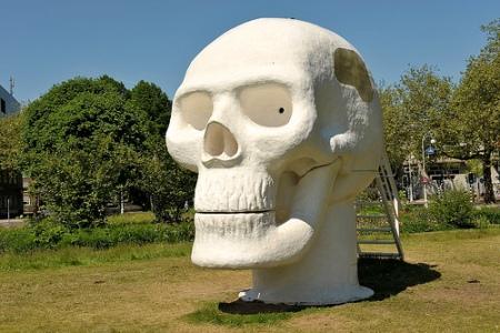 cc Flickr FaceMePLS photostream ArtZuid 2013 Van Lieshout Wellness Skull