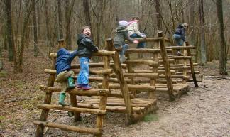 Kids at Play - tahar abroudjameur
