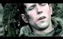 Masturberen staat gelijk aan gewond raken tijdens oorlog.... of zo...