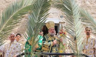 Orthodox Christians hold Palm Sunday procession at 1,607-year old Gaza City church - Joe Catron
