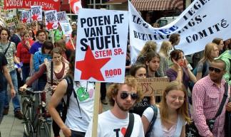 Studenten demonstratie voor behoud basisbeurs - Jos van Zetten