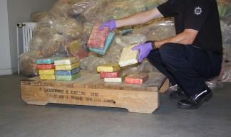 Hundreds of packets of cocaine were seized - ukhomeoffice