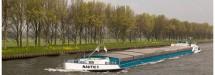 Meevaren op het binnenvaartschip Armira ..! Amsterdam-Rijnkanaal ….. - Martha de Jong-Lantink