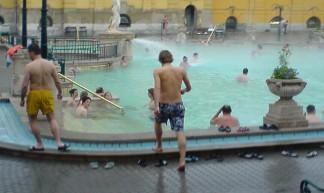18> Zaterdagmiddag: Szechenyi Furdo in Budapest - TijsB