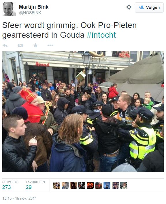 Martijn Bink op Twitter- -Sfeer wordt grimmig. Ook Pro-Pieten gearresteerd in Gouda #intocht http---t.co-JCvce1d9EE-