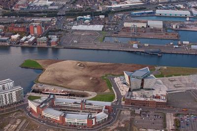 cc Flickr Titanic Belfast WISH - October 2013-Jorge_Rodriguez-Gerada-Titanic-Quarter-Belfast