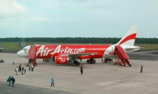 Air Asia's Airbus A320-200 - stratman² (2 many pix!)