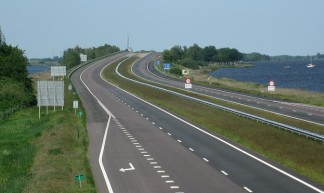 A6 empty motorway - Chriszwolle