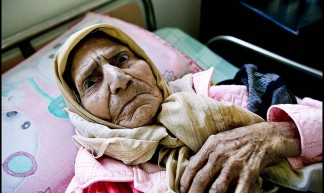 zoriah_gaza_palestine_israel_palestinians_arab_muslim_medical_crisis_hospital_doctor_supplies_05-09-06-FD9T8888ci - Zoriah