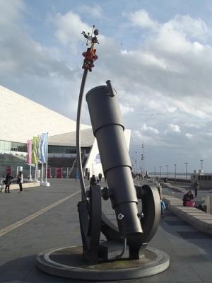 cc Flickr Elliott Brown photostream Telescope sculpture - Museum of Liverpool