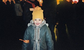 orange girl on maidan dec 2004 - M.
