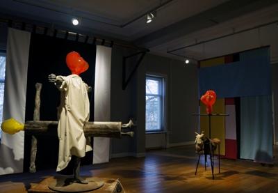 © Gijs Assman Ode aan Mandela, Snothing new I, Wraakveulen II, Snothing new II, Courtesy Galerie Nouvelles Images, Den Haag
