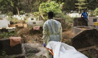 Safe and Dignified Burials in Guinea - United Nations Photo