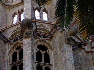 cc Flickr miche11e photostream snails on Gaudí's Sagrada Familia cathedral