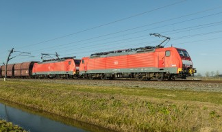 Dubbeltractie BR 189 037-5 en 189 041-7 DB AG - Betuwelijn - Ertstrein op weg naar Dillingen - Frans Berkelaar