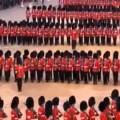 Briljant in zijn eenvoud: BBC-commentaar bij een militaire parade in Noord-Korea…