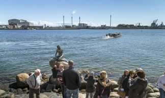 The little mermaid and Refshaleoen Copenhagen 20130420_007 - News Oresund