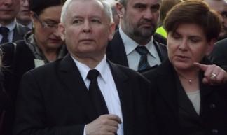 Jarosław Kaczyński i Beata Szydło - Piotr Drabik
