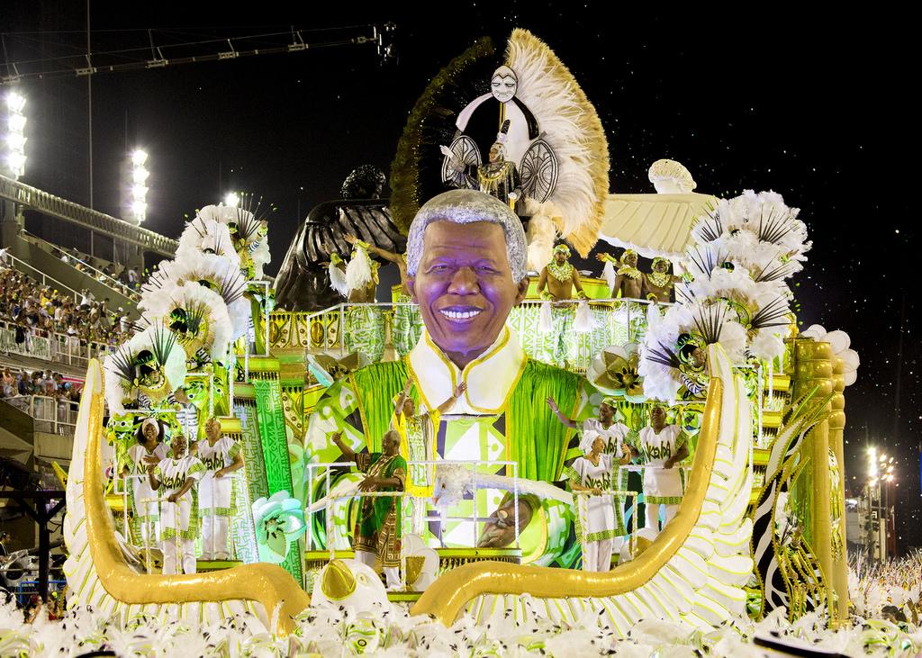 cc Flickr Terry George Comissão de frente da Imperatriz Leopoldinense faz referência a Nelson Mandela