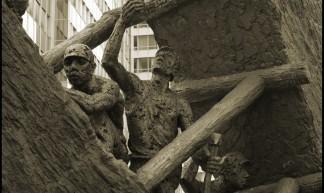 """Essen / Ruhrgebiet. Max Kratz: """"Steile Lage"""" / """"Steep adit"""" (1989) - wwwuppertal"""