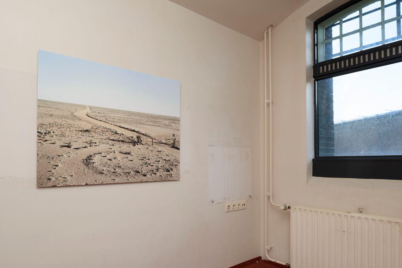 © David Goldblatt, Quaggamaag, Bushmanland, Northern Cape, 24 juni 2004, courtesy van Goodman Gallery