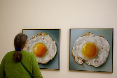 cc Flickr Hans Splinter paintings of eggs Tjalf Sparnaay