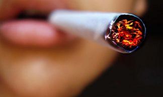 cigarette - flickr.com/volver-avanzar !!!