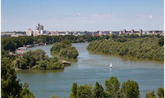 Uitzicht vanaf het Belgrade Fortress in Belgrado, Servië over de Donau ... - Martha de Jong-Lantink