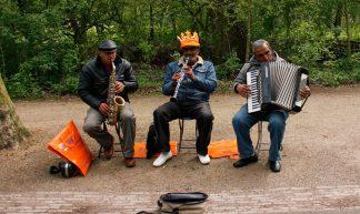 street musicians - passer-by