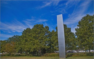 cc Flickr Ron Cogswell photostream Ellsworth Kelly's 'I Will' ('Curve XXII') Sculpture in Lincoln Park Chicago (IL) 2014