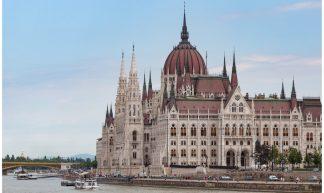 Parlementsgebouw in Boedapest, Hongarije ... - Martha de Jong-Lantink