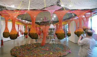 Ernesto Neto installation 'Dengo' - Andrew Dubber