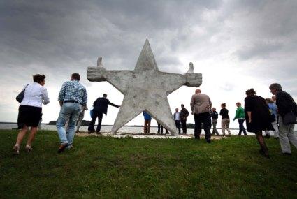 © Domenique Himmelsbach de Vries Monument voor Primam mensen