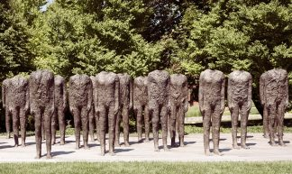Magdalena Abakanowicz, Standing Figures (Thirty Figures) [detail], 1994-98, Bronze, Nelson-Atkins - Sharon Mollerus