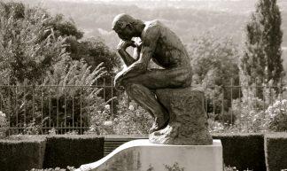 Le Jour ni l'Heure 7571 : Le Penseur, 1880-1903, tombe d'Auguste Rodin, 1840-1917, villa des Brillants, Meudon, Hauts-de-Seine, Île-de-France, dimanche 12 août 2012, 17:50:15 - Renaud Camus