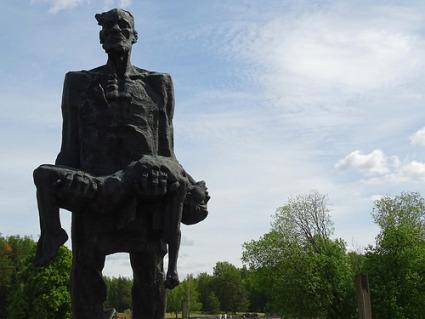 cc Flickr Adam Jones photostream The Unconquered Man - Statue of Joseph Kaminsky by S. Selikhanov - Khatyn National Memorial Complex - Near Minsk – Belarus