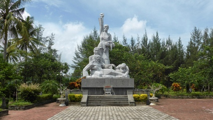cc Flickr -JvL- photostream Monument of the My Lai Massacre at the Son My Vestige site