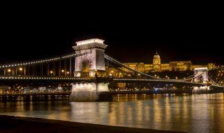 Chain Bridge, Budapest, 20180204 - Gilbert Sopakuwa