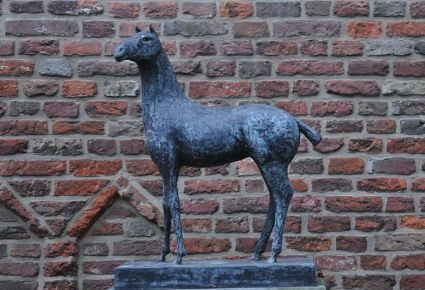 cc commons.wikimedia.org Doesburg paardenmarkt.jpg foto Koos de Geest