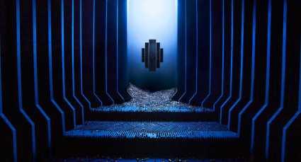 © Levi van Veluw, Chapel inside the installation The Relativity of Matter, 700 x 500cm, 2018